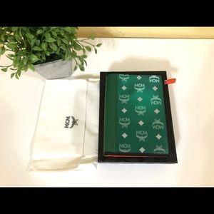 MCM passport holder Green New